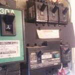 電気の盤(ブレーカー)内のほこりを気にしたことありますか?
