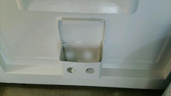 玄関扉の穴3