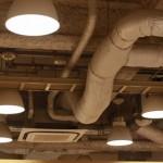 エアコンは部屋の空気を外に排出しているわけではない。エアコンの仕組みはぴちょん君に訊け!